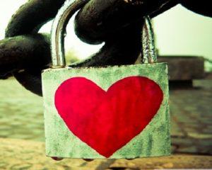 Aşk Ve bağlama büyüsü